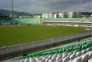 Setubal-Stadium.jpg